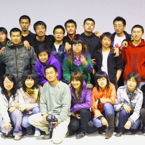 摄影04级师生合影